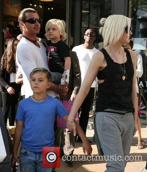 Gavin Rossdale, Gwen Stefani, Kingston Rossdale and Zuma Rossdale 2