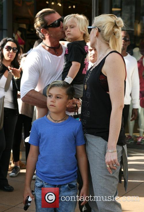 Gavin Rossdale, Gwen Stefani, Kingston Rossdale and Zuma Rossdale 1