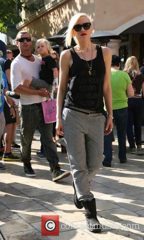 Gavin Rossdale, Gwen Stefani and Zuma Rossdale 7
