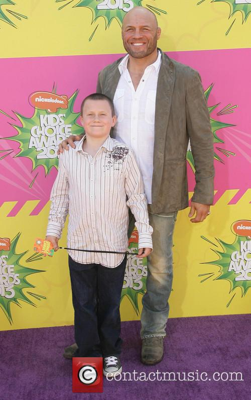 Nickelodeon and Annual Kids' Choice Awards 16