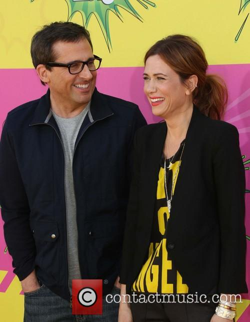 Steve Carrell and Kristen Wiig 3