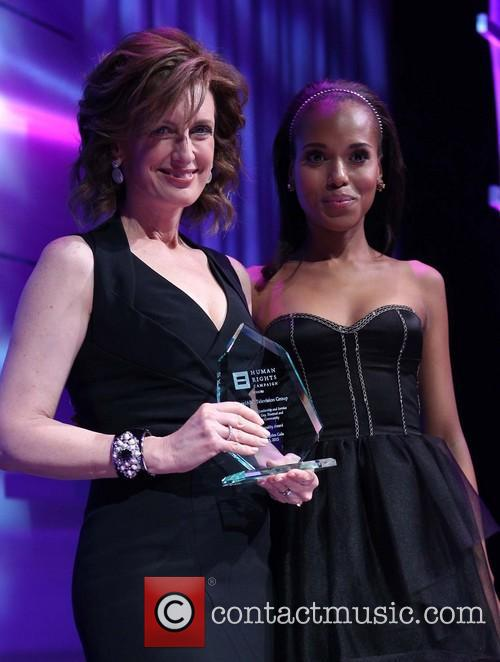 Anne Sweeney and Kerry Washington 7