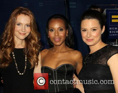 Darby Stanchfield, Kerry Washington and Katie Lowes 3