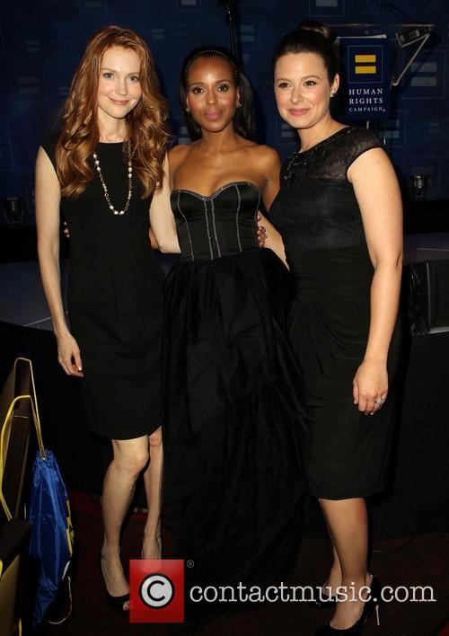 Darby Stanchfield, Kerry Washington and Katie Lowes 1