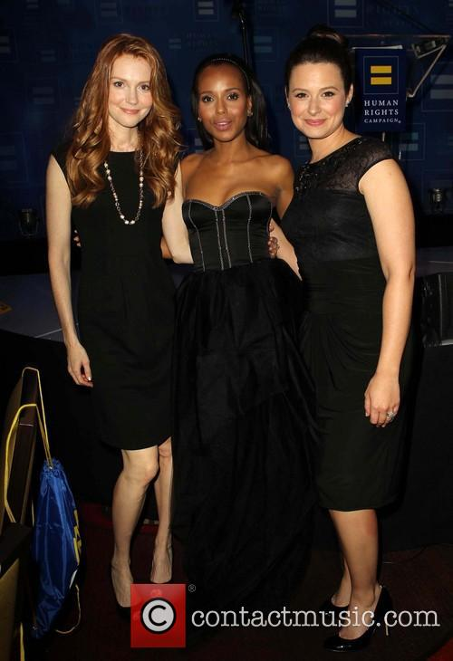 Darby Stanchfield, Kerry Washington and Katie Lowes 4