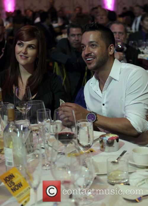Sara Rue and Jai Rodriguez 1