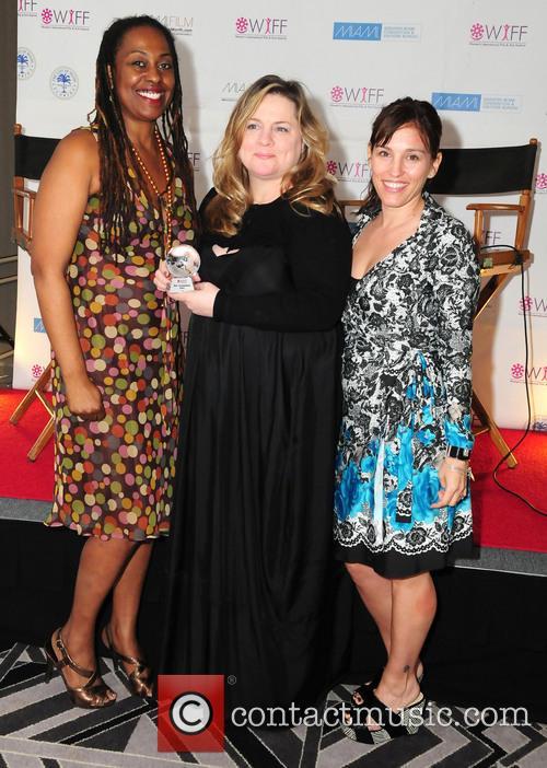 Amy Jo Johnson, Yvonne Mccormack Lyons and Jennie Walker 1