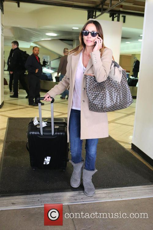 natalie imbruglia natalie imbruglia arrives with luggage 3575632