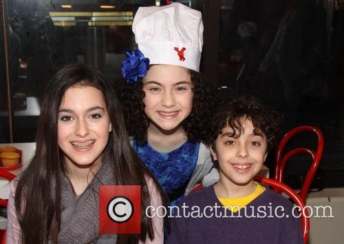 Allie Drier, Lilla Crawford and Alex Drier 6
