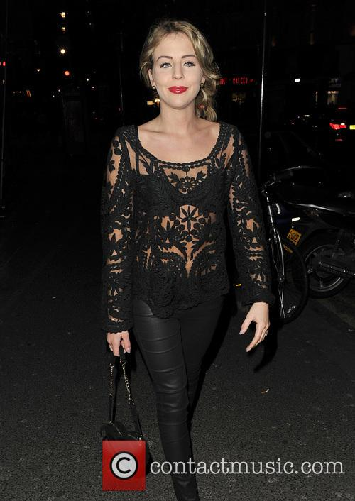 Gizzi Erskine and Lydia Rose Bright 8