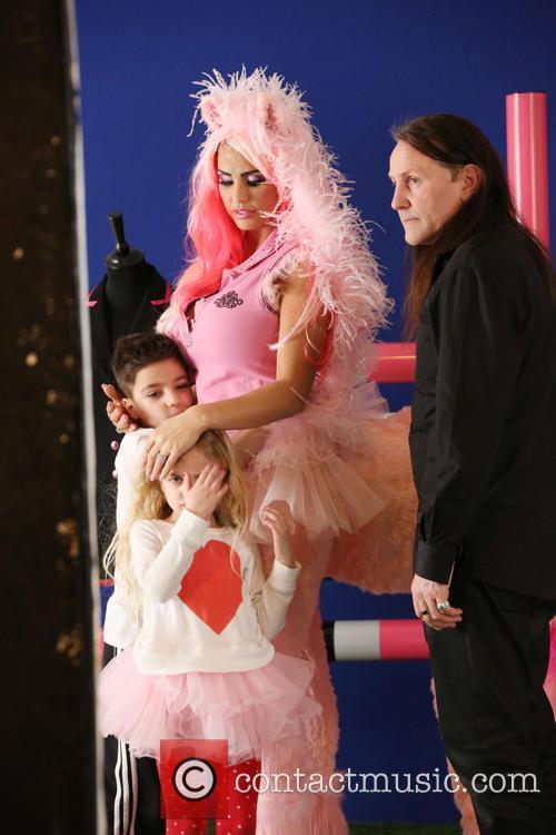 Katie Price, Jordan, Junior and Princess 3