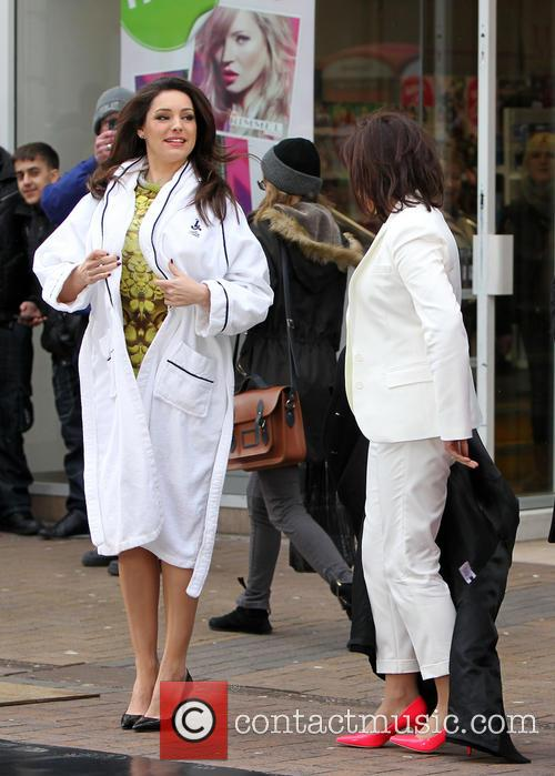 Kelly Brook and Lorraine Kelly 6