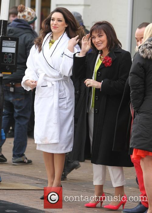 Kelly Brook and Lorraine Kelly 7