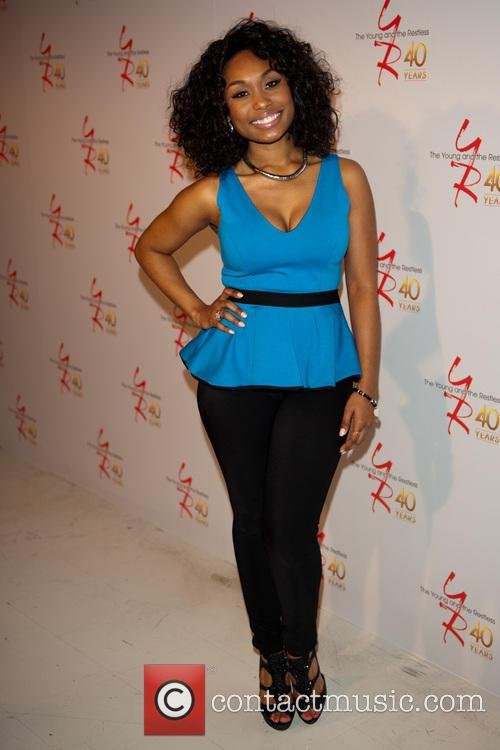Essence Atkins 2