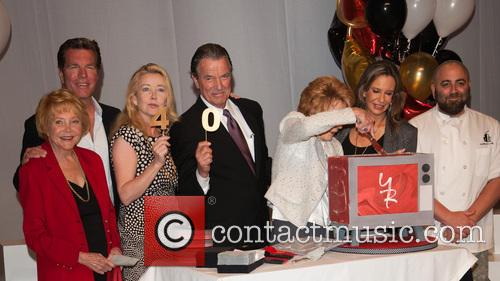 Jeanne Cooper, Melody Thomas Scott, Eric Braeden and Duff Goldman 4