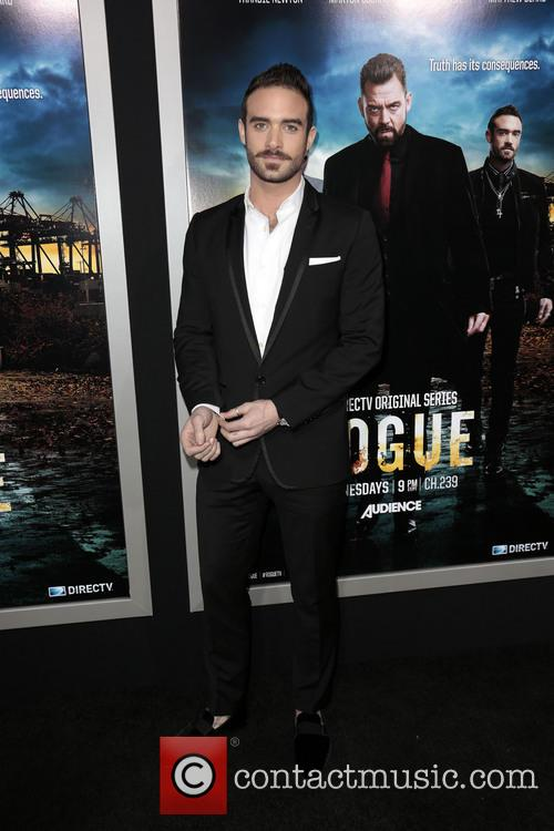 joshua sasse los angeles premiere of rogue 3577718