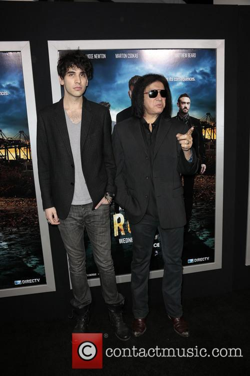 Nick Simmons and Gene Simmons 4