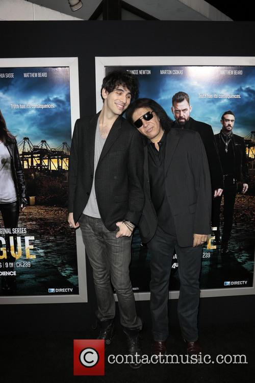 Nick Simmons and Gene Simmons 1