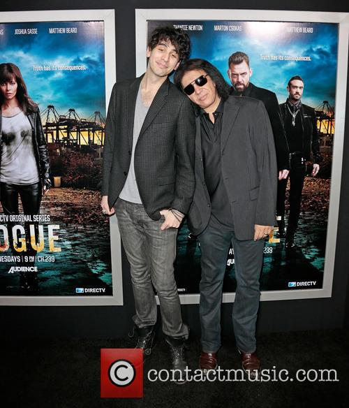 Nick Simmons and Gene Simmons 7