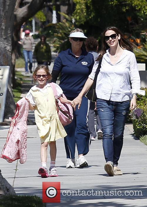 Jennifer Garner and Violet Affleck 13