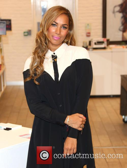 leona lewis is announced as the 3577974