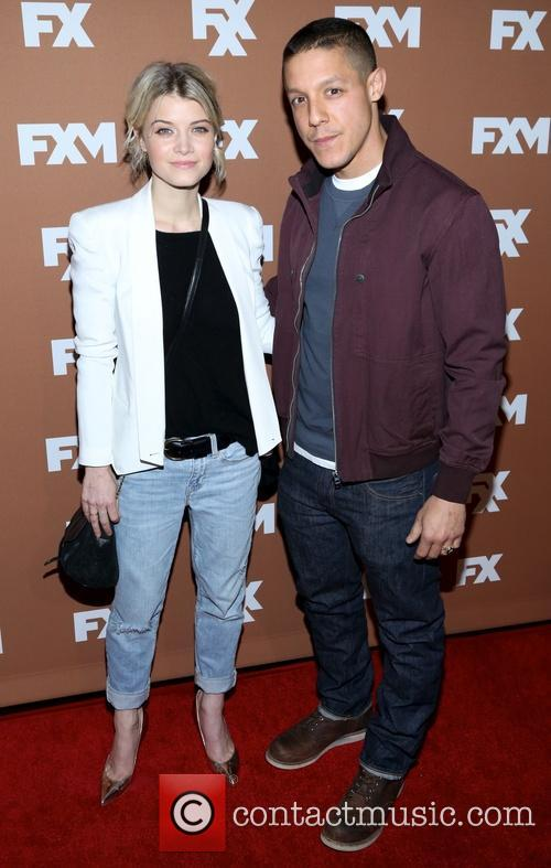 Sarah Jones and Theo Rossi 2