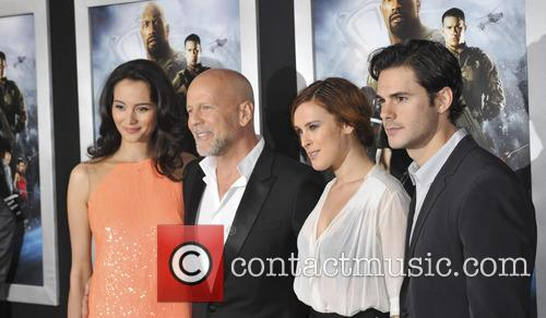 Emma Heming, Bruce Willis, Rumer Willis and Jayson Blair 8