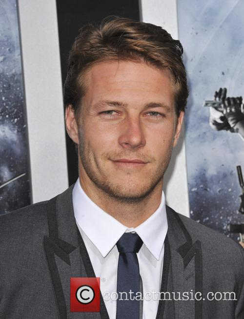 Luke Bracey Point Break remake