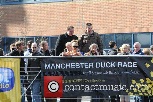 catherine tyldesley manchester duck race at spinningfields 3581526