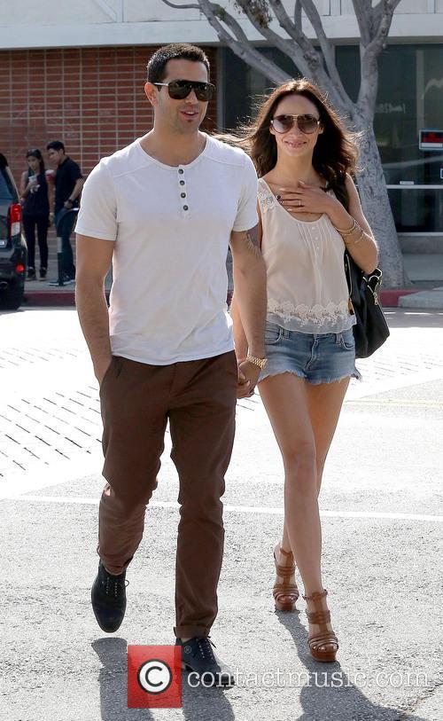 Jesse Metcalfe and Cara Santana 15