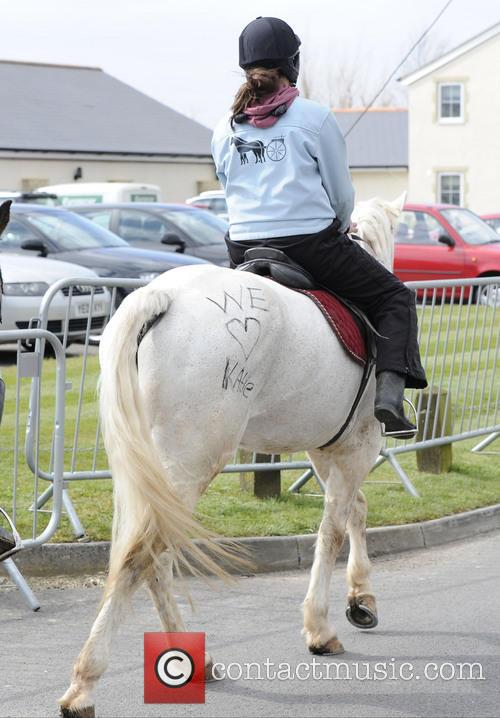 Katie Price and 'we Love Katie' Is Written On A Horse 3