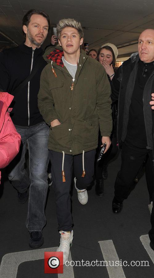 Niall Horan 32
