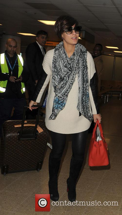 frankie sandford the saturdays at heathrow airport 3581744