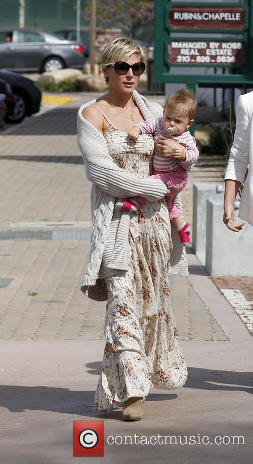 Elsa Pataky spotted out in Cross Creek