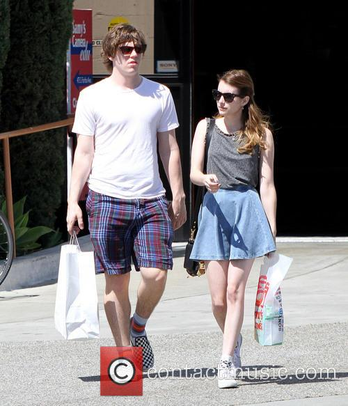 Emma Roberts and Evan Peters 2