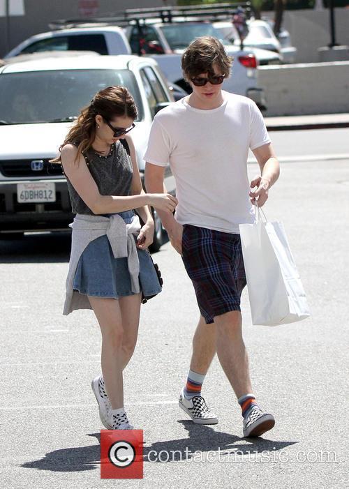 Emma Roberts and Evan Peters 7