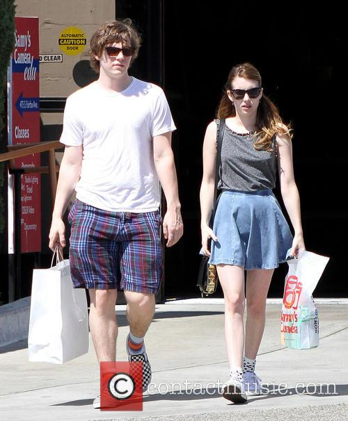 Emma Roberts and Evan Peters 12