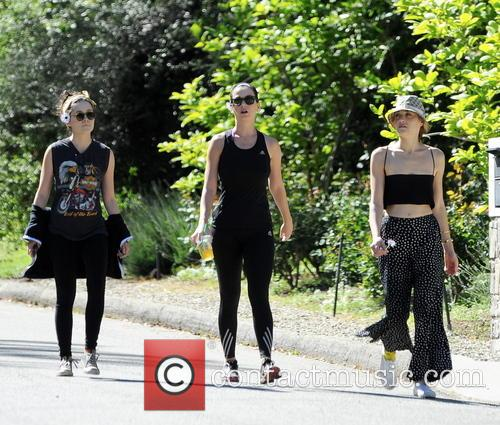 katy perry katy perry hikes in studio 3582563