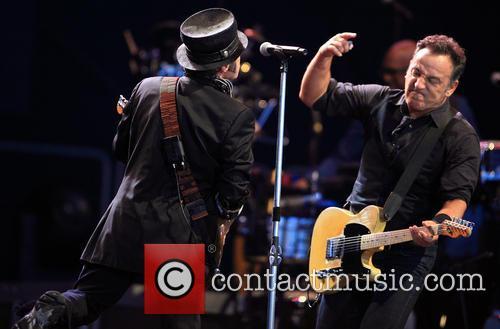 Nils Lofgren and Bruce Springsteen 2