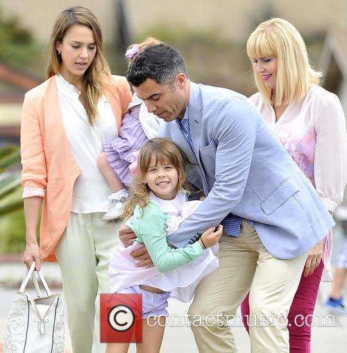 Jessica Alba, Haven Warren, Honor Warren and Cash Warren 3