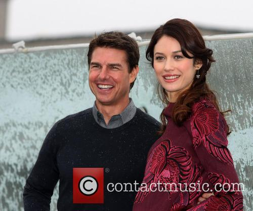 Tom Cruise and Olga Kurylenko 9