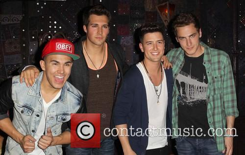 carlos pena jr logan henderson james maslow kendall schmidt of 3584045