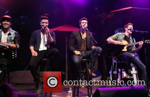 Carlos Pena, Logan Henderson, James Maslow, Kendall Schmidt and of Big Time Rush 4