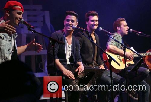 Carlos Pena, Logan Henderson, James Maslow, Kendall Schmidt and of Big Time Rush 5