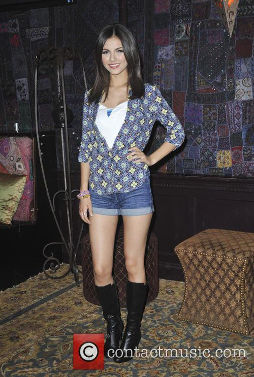 victoria justice big time rush press conference 3583790