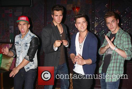 Carlos Roberto Pena Jr., James Maslow, Logan Henderson, Kendall Schmidt and Big Time Rush 1