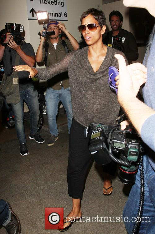 Halle Berry, LAX airport