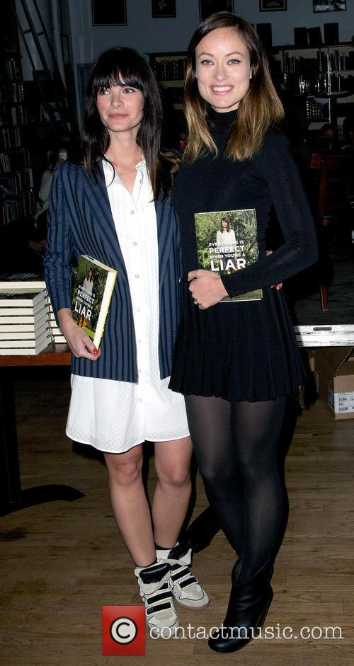 Kelly Oxford and Olivia Wilde 3