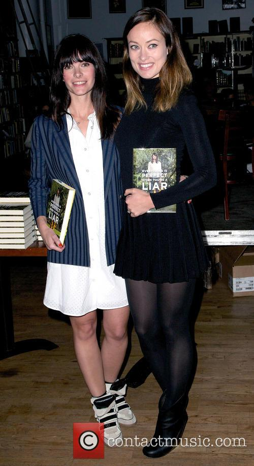 Kelly Oxford and Olivia Wilde 5