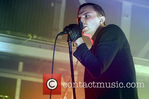 Theo Hutchcraft and Hurts 10